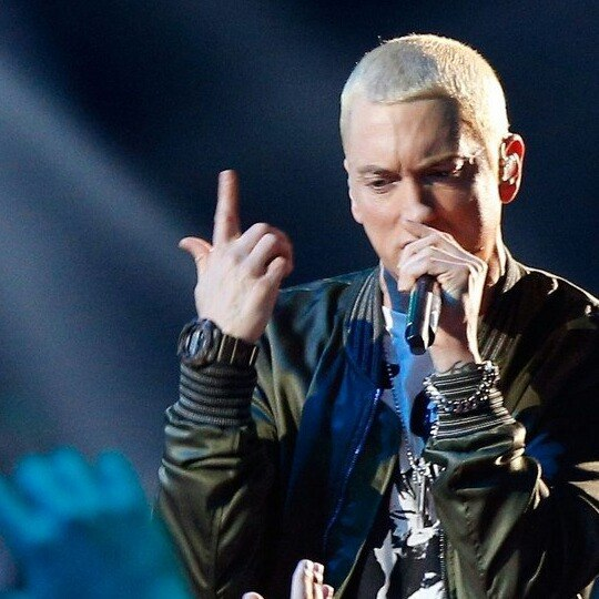 The Monster Eminem and  Rihanna