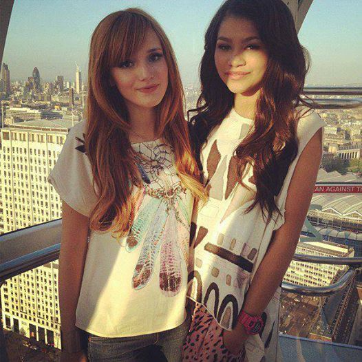Made In Japan японский продукт Bella Thorne and Zendaya